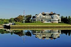 33 Ogden Ln, Quogue South, New York. HAMPTONS. $6.7MIL.