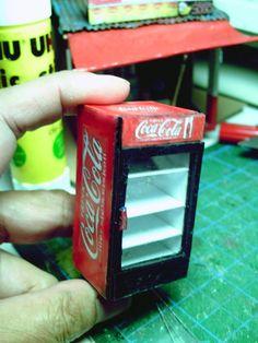 Variety store softdrink refrigerator papercraft 1:30