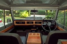 http://www.expeditionportal.com/forum/threads/70375-Unique-Expedition-Ready-1971-Land-Rover-Series-III