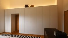 Schlafzimmer Einbauschränke - Einbauschrank nach Maß   München Freising Divider, Bedroom, Interior, Design, Furniture, Home Decor, Mansard Roof, Home Ideas, Personal Counseling