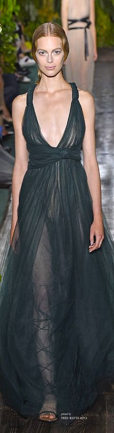 Pi ned for the gown. NOT the shoes. Or model's makeup. Valentino Haute Couture Fall/Winter 2014-15