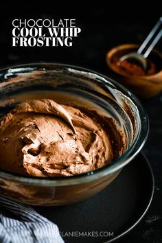 Selecting The Suitable Cheeses To Go Together With Your Oregon Wine This Four Ingredient Chocolate Cool Whip Frosting Takes Just Five Minutes To Prepare And Is The Perfect Topping To All Of Your Favorite Desserts. Pudding Frosting, Cool Whip Frosting, Whipped Frosting, Frosting Recipes, Jello Frosting, Cream Frosting, Best Dessert Recipes, Easy Desserts, Pastries