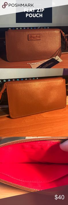 ☀️☀️Dooney & Bourke Flat Zip Pouch Brand New!☀️☀️ Dooney & Bourke Flat Zip Pouch. Authentic. Came with purse but I don't carry the zip pouch because I have something bigger. Didn't want the Pouch to just sit. Brand New and never used. Dooney & Bourke Bags