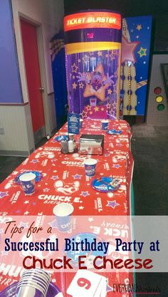 How to have a successful birthday party at chuck e cheese