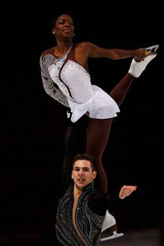 Vanessa James and Morgan Cipres of France Pairs Free Skating Trophee Eric Bompard, Pairs costume inspiration for Designs Pairs Figure Skating, Figure Skating Costumes, Figure Skating Dresses, Pair Costumes, Dance Costumes, Vanessa James Morgan Cipres, 2018 Winter Olympic Games, Gym Leotards, Women Figure