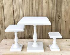 Cuadrado postre significa conjunto de 3, pie para pastel de boda, soporte de pastel de madera rústico