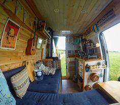 These Rolling Hills (@theserollinghills) • Photos et vidéos Instagram #amenagement #camper #van #campervan