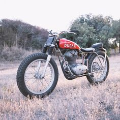 """We usually show off custom motorcycles, but this little vintage Ducati is too good not to share. It's a 1964 model that was repurposed for ice…"" Tracker Motorcycle, Custom Motorcycle Helmets, Motorcycle Shop, Cruiser Motorcycle, Motorcycle Style, Custom Motorcycles, Custom Bikes, Street Bikes, Bike Design"