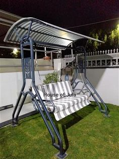 Egg Swing Chair, Hammock Swing Chair, Swinging Chair, Outdoor Swings, Outdoor Chairs, Outdoor Decor, Metal Furniture, Outdoor Furniture, Wooden Swings
