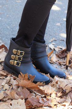 @loefflerrandall Fenton Rain Boots + $500 giveaway (ends 10/20)