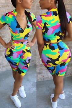 Green Two Piece, Two Piece Short Set, T Shirt And Shorts, Dance Outfits, Swag Outfits, Girl Outfits, Camo Print, Wholesale Clothing, Shoes Wholesale