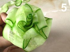 How to make a cucumber rose