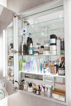Ali Weiss's Top Shelf