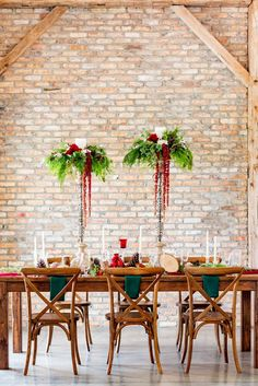 Red and Green Winter Wedding Inspiration // Festive Holiday Inspired Wedding Ideas via TheELD.com Cozy Christmas, Christmas Wedding, Christmas Themes, Wedding Designs, Wedding Ideas, Wedding Decor, Protea Wedding, Modern Groom, Wedding Design Inspiration