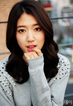 Park Shin Hye. How can she pull off a bestudded sweatshirt? <3
