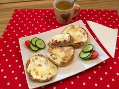 Retro melegszendvics Avocado Egg, Eggs, Breakfast, Food, Morning Coffee, Egg, Meals, Egg As Food, Morning Breakfast