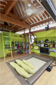 Unusual living room in Korea has sunken sitting area. Photo: Marcel Lam for The New York Times