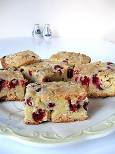 YUM! Baked in an 11x7 pan for 45 mins. LOVE! I used 1/4 cup less sugar than called for in recipe as well as 1 1/2 cups cranberry + 1/2 C blueberries (it's what I had on hand instead of all cranberry).