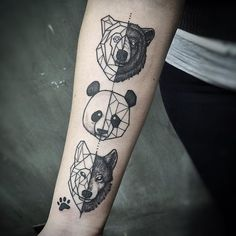 Cada animal representa um dos dogs da Camila!  #tattoo #ink #inked #inkedmag #art #tattoo2me #electricink #amazingink #inspirationtatto #inspiredtattoos #geometrictattoo #btattooing #blackwork #blackworkerssubmission #blxckink #blacktattooart #darkartists