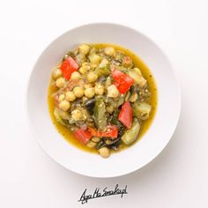 Caponata po mojemu ⋆ AgaMaSmaka - żyj i jedz zdrowo! Black Eyed Peas, Chana Masala, Wok, Risotto, Vegetables, Ethnic Recipes, House, Decor, Diet