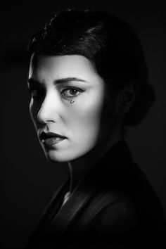 Vera Dragone, a classic portrait by Eolo Perfido on 500px