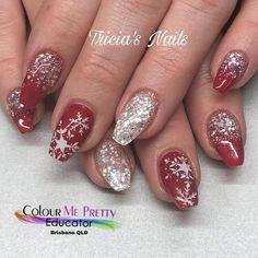 Shellac Nails, Red Nails, Manicures, Rosary Nails, The Art Of Nails, Gigi Hadid, Christmas Nails, Cute Nails, Pedicure