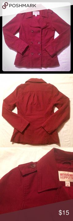 {Red classic} short winter pea coat ❄️ Feel stylish and cozy in this classic red double-breasted peacoat! Flattering tailoring and in very good condition. Feels like thick cotton twill. Tiny signs of wear (see last pic) that are not noticeable, priced accordingly. This will give a pop of color to your outfit on chilly days! Mossimo Supply Co Jackets & Coats Pea Coats