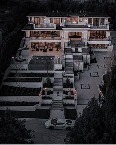 Mansion Interior, Dream House Interior, Luxury Homes Dream Houses, Dream Home Design, Luxury Life, Modern House Design, Fancy Houses, Dream Rooms, Belle Photo