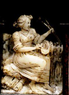 Museo de Bellas Artes de Bilbao. Escritorio de taracea alemana. Augsburgo, S XVI Figura alegórica German marquetry desk. Augsburg, S XVI allegorical figure