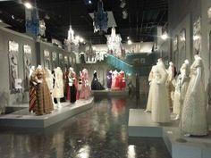 AMAZING!!  #fashionmuseum #amazingplace #fashiondesigner #fashionlife #london