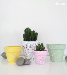 Koristele kukkaruukkuja Planter Pots, Craft Ideas, Crafts, Diy, Manualidades, Bricolage, Do It Yourself, Handmade Crafts, Craft