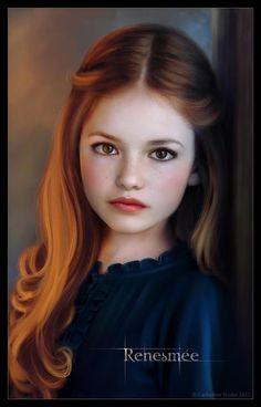 Renesmee Carlie Cullen (Mackenzie Foy) in Twilight Series Breaking Dawn Part 2