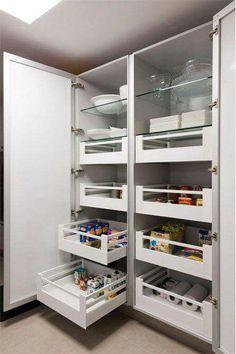New kitchen organization diy cupboards drawers Ideas Kitchen Interior, Wood Dining Room, Kitchen Remodel, Kitchen Pantry Cabinets, Kitchen Storage Solutions, Home Kitchens, Pantry Design, Diy Kitchen, Kitchen Design