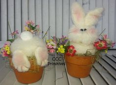 Primitive Pattern – Busy Bunny's Pattern – Easter Bunny Pattern – Country Bunny Epattern – Spring Bunny – Handmade Easter Bunny Pattern Spring Decoration, Diy Easter Decorations, Easter Projects, Easter Crafts For Kids, Easter Art, Easter Bunny, Easter Eggs, Spring Crafts, Holiday Crafts