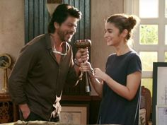 Shah Rukh-Alia's 'Dear Zindagi' cleared by CBFC without any cuts!