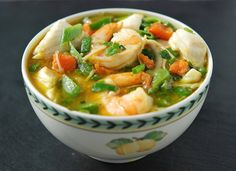 Fresh Tart blog... lots of gf recipes, such as coconut curry soup with shrimp & vegetables. Yum.