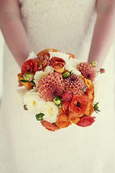 Trendy Wedding, blog idées et inspirations mariage ♥ French Wedding Blog: La mariée et son bouquet