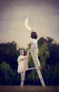Afbeelding via We Heart It https://weheartit.com/entry/169009335/via/13390363 #cute #grunge #hipster #indie #inspiration #moon #nature #vitnage