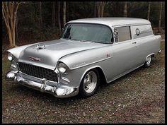 1955 Chevrolet luv I would put flames on this Chevrolet 1955, 1955 Chevy, Chevrolet Trucks, Chevrolet Impala, Chevy Pickup Trucks, 4x4 Trucks, Diesel Trucks, Lifted Trucks, Ford Trucks