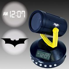 When you want to call Batman you need a Bat signal. And who doesn't want to call on the Dark Knight to clean up Gotham city? This Batman Signal Projection Alarm Movies Costumes, Batman Signal, Batman Bedroom, Nananana Batman, Projection Alarm Clock, Superhero Room, Radio Alarm Clock, Take My Money, City Art