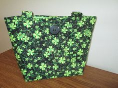 Shamrock Purse quilted by CutePurseNalities on Etsy
