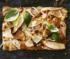 You'll love this French-style pizza packed with brie, caramelized onions, and apple slices. Pizza Recipes, Vegetarian Recipes, Carmelized Onions, Brie, Meat Lovers, Good Housekeeping, Allrecipes, Vegetable Pizza, Stuffed Peppers