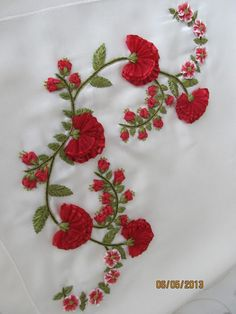 Wonderful Ribbon Embroidery Flowers by Hand Ideas. Enchanting Ribbon Embroidery Flowers by Hand Ideas. Ribbon Embroidery Tutorial, Border Embroidery Designs, Hand Embroidery Flowers, Learn Embroidery, Silk Ribbon Embroidery, Hand Embroidery Patterns, Embroidery Kits, Embroidery Stitches, Bordado Floral