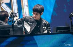 SSG Crown's Special Assignment for Finals: Suppress Faker Esports, League Of Legends, Crowns, Finals, Gaming, Articles, Lol, Videogames, League Legends