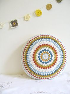 crochet 'granny' cushion cover by emmalamb on Etsy Love Crochet, Crochet Granny, Diy Crochet, Hand Crochet, Crochet Garland, Crochet Motif, Crochet Bunting, Crochet Round, Crochet Pillows