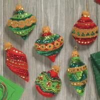 Details about Bucilla Glitzy Ornaments ~ 6 Pce Felt Christmas Ornament Kit Jeweled 2017 Ornament Crafts, Handmade Ornaments, Felt Crafts, Handmade Christmas, Holiday Crafts, Christmas Crafts, Felt Christmas Decorations, Felt Christmas Ornaments, Rub N Buff