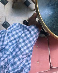 Storternet baby dol Albertel kjole i blå tern med bindebånd - Studio Onyva Louis Vuitton Neverfull, Tote Bag, Studio, Paris, Dress, Travel, Costume Dress, Louis Vuitton Neverfull Damier, Dresses