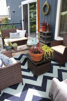 Kirsten from the Bright Yellow Door blog offers budget-friendly style tips inspiration and & DIY Cinder Block Couch | Ways to Love Your Yard | Mohawk Homescapes ...