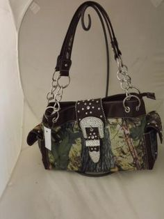 REAL TREE CAMO MOSSY OAK PURSE WITH RHINESTONES AND BLACK TRIM AND BLING BUCKLE