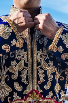 For his sensational destination wedding, this Indian groom opts for a traditional sherwani in deep blue. Big Fat Indian Wedding, Indian Weddings, Groomsmen Shoes, Wedding Attire, Wedding Outfits, Indian Fashion, Mens Fashion, Achkan, Groom Getting Ready